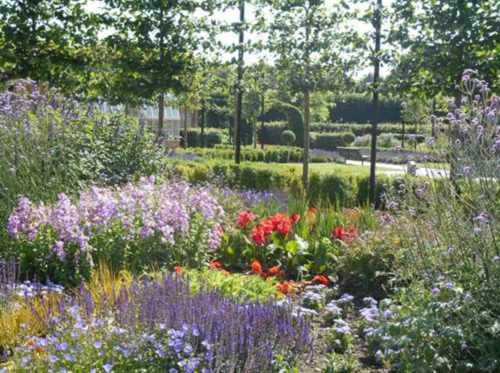The Landscape Centre Ltd - winner Commercial & Public Authority Over £50,000