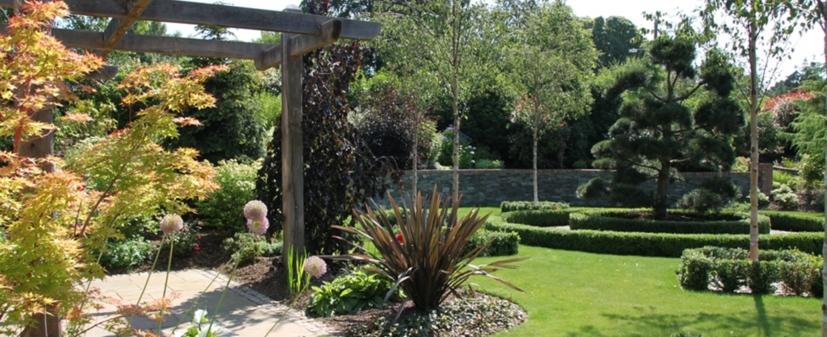 Landscape Gardener Belfast| Garden Maintenance NI| Garden Designs